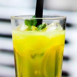 Refreshing Lemon Juice Recipe for Hot Summer Days