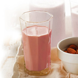 Strawberry Soymilk Smoothie