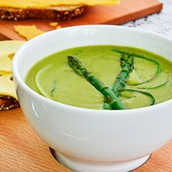 High-Fiber Asparagus Soup